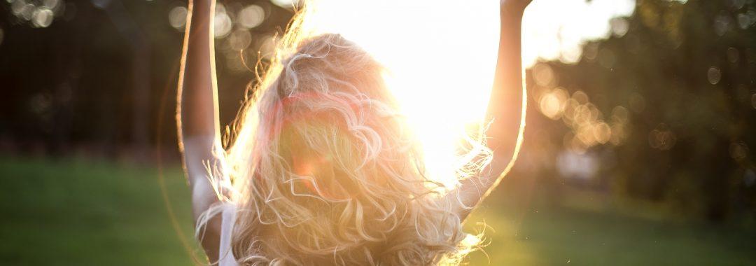 blonde-hair-blurred-background-dress-852793
